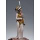 Femme en robe de bal 1er empire